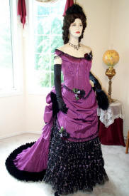 purpleballgown1a.JPG (76699 bytes)