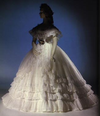 weddingdress1864.jpg (56872 bytes)